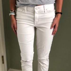 Gap White Cropped Jegging with Ripped Knees